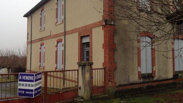 Une gendarmerie vendue aux enchères dans le Gers