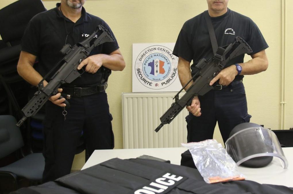 Les policiers découvrent la dotation «tuerie de masse»